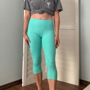 ALO Yoga high waist Airbrush crop leggings